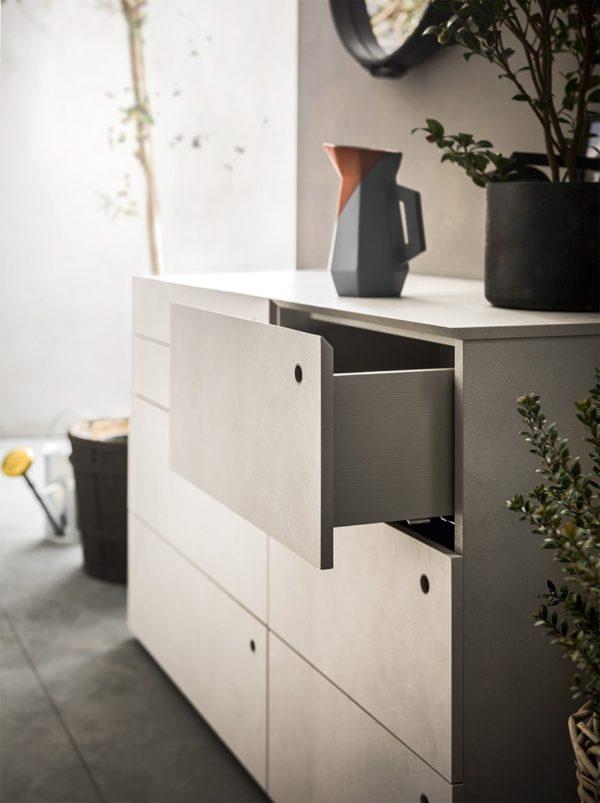 Hobby Dresser